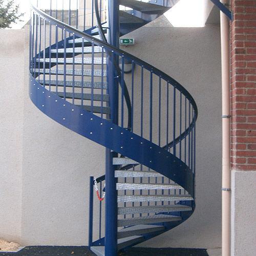 escalera de caracol metlica con barrotes de emergencia gantois industries