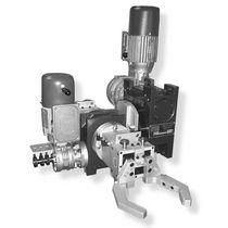 Sistema de manipulación de piezas para procesar