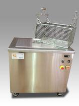 Máquina de limpieza por ultrasonidos / automatizada