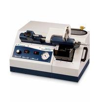 Sierra circular / para hormigón / de precisión / para laboratorio
