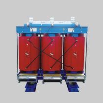 Transformador de distribución / seco / de bajo consumo / trifásico