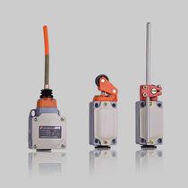 Contacto de fin de recorrido de control / con varilla flexible / con palanca rotativa / mecánico