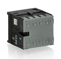 Contactor de potencia / electromagnético / 4 polos / 3 polos