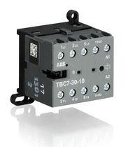 Contactor de potencia / electromagnético / para aplicaciones ferroviarias / en miniatura