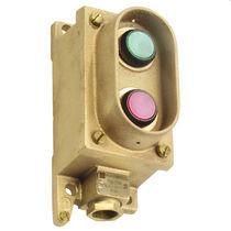 Botón pulsador con luz / con indicador luminoso / acción momentánea / estanco