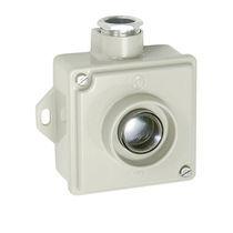 Botón pulsador unipolar / con luz / acción momentánea / IP67