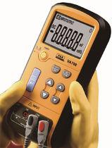 Calibrador de corriente / de tensión