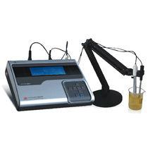PHmetro de sobremesa / de laboratorio / de agua pura / con pantalla LCD