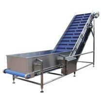 Transportador de banda / para la industria alimentaria / de acero inoxidable / inclinado