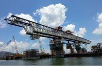 Pórtico de lanzamiento tramo por tramo / para la construcción de puentes