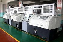 Torno CNC / 3 ejes / con carga descarga automatizada