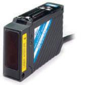 Sensor de desplazamiento lineal / sin contacto / láser / analógico