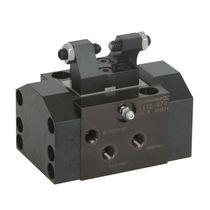 Elemento de apriete flotante / hidráulico / de doble efecto / de piezas para procesar