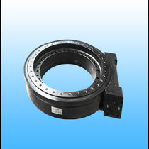 Sistema de arrastre giratorio con corona giratoria / estanco al polvo