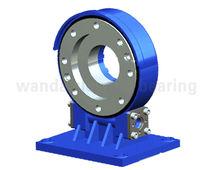 Sistema de arrastre giratorio con corona giratoria
