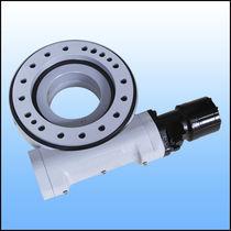 Sistema de arrastre giratorio para seguidor solar / con corona giratoria / de husillo sin fin