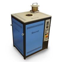Horno de foso / resistencia eléctrica / con circulación de aire / programable
