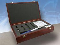 Fuente normal de calibración para analizador de red vectorial (VNA) : corto circuito, circuito abierto y carga