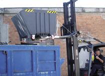 Volquete de polietileno / para residuos / basculante