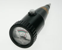 Humidímetro para suelos / por medida de la resistividad / con visualización analógica / portátil