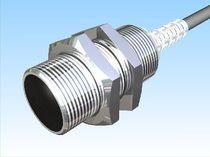 Sensor de desplazamiento lineal / sin contacto / capacitivo / analógico