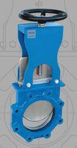 Válvula de guillotina / con volante / de corte / para productos alimentarios