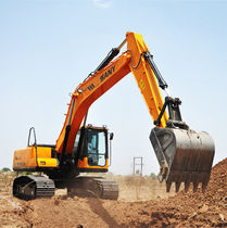 Excavadora intermedia / para obra / para mina / todoterreno