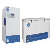 Congelador de laboratorio / de baja temperatura / para plasma sanguíneo / para el sector médico