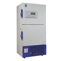 Congelador de laboratorio / de baja temperatura / con puertas dobles / para plasma sanguíneo