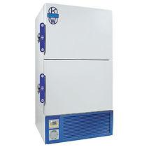 Congelador de laboratorio / de baja temperatura / vertical / con puertas dobles
