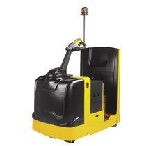 Tractor eléctrico / con 4 ruedas / para conductor de pie / de remolcado
