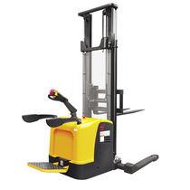 Apiladora eléctrica / con plataforma para el conductor / para conductor de pie / con largueros de retención
