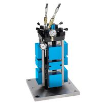 Mordaza para máquina herramienta / hidráulica / de 4 caras / de tornillo