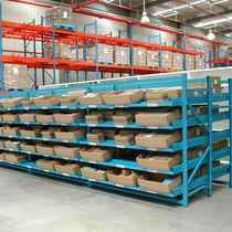 Sistema de estanterías depósito de almacenamiento / para carga mediana / para cajas / dinámico