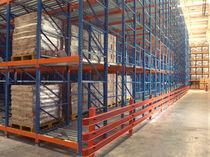 Sistema de estanterías con paleta / para carga mediana / ligero / dinámico