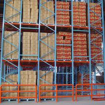 Sistema de estanterías con paleta / para carga pesada / para cajas