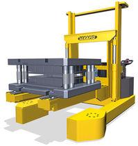 Apiladora eléctrica / de conductor acompañante / para la manutención de herramienta de prensa