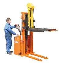 Apiladora eléctrica / con operador a pie / para la manutención de herramienta de prensa / con plataforma