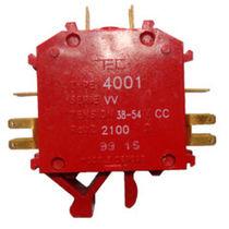 Relé electromecánico 6 V CC / 4NA / enchufable