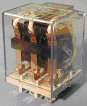 Relé electromecánico 220 V CA / enchufable / de potencia