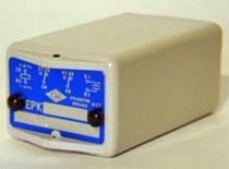Relé de protección de tensión / para montaje en panel / AC/DC