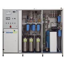 Unidad de microfiltración de membrana / para el tratamiento de aguas residuales