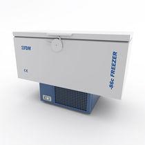 Congelador de laboratorio / ultra-baja temperatura / de tipo arcón / para el sector médico