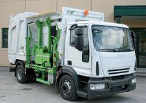 Camión de basura carga lateral