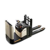 Apiladora eléctrica / para conductor sentado / de transporte / para el transporte de 2 paletas a la vez