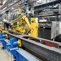 Célula robotizada de soldadura / de soldadura MIG, MAG / de producción