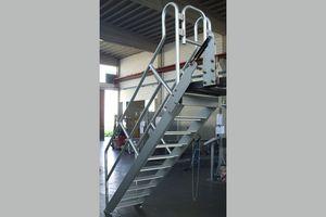escalera de mano de acero inoxidable de acero al carbono mvil para almacenes