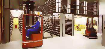 sistema de estanterías ligero / depósito de almacenamiento / para carga mediana / con tablas