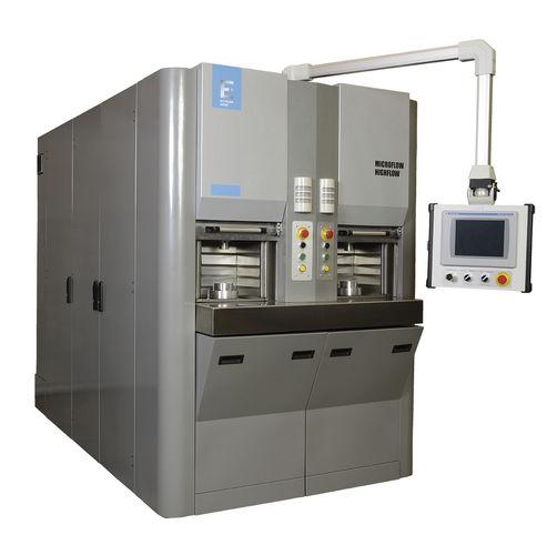 máquina de hidroerosión