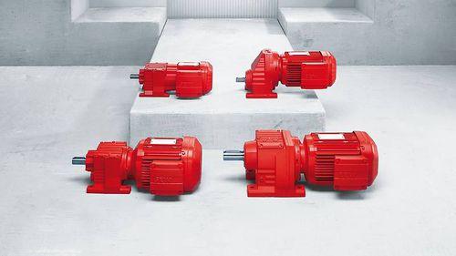 motorreductor AC / de ejes paralelos / de engranaje helicoidal / modular